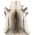 peau de bete pour décoration de chalet en bois kot grill